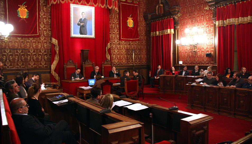Imatge d'arxiu d'un ple del consistori de Tarragona.