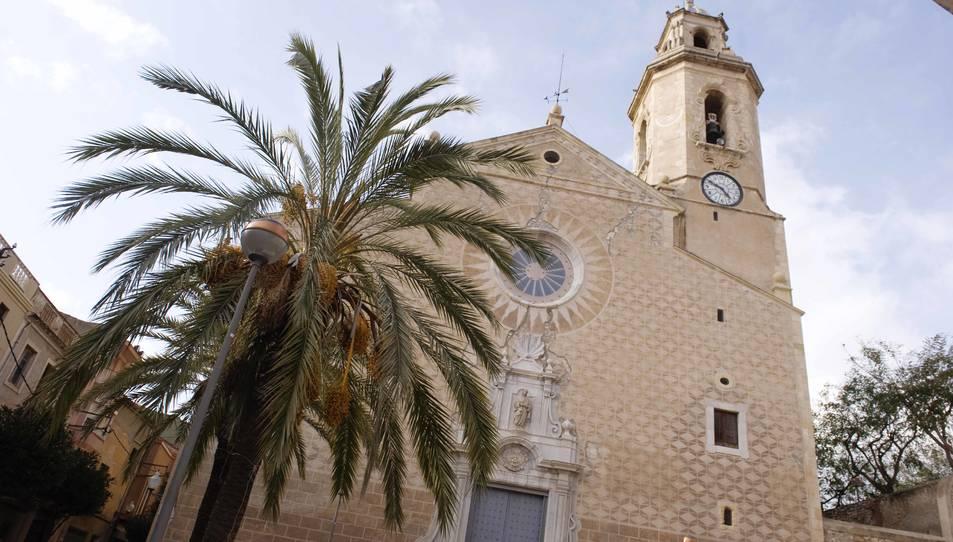 Les esquerdes obliguen a tancar l'església de Sant Feliu de Constantí