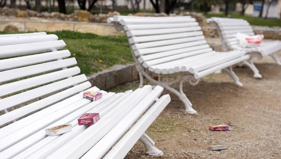 Els veïns del Parc de la Ciutat es queixen de les deixalles i l'incivisme