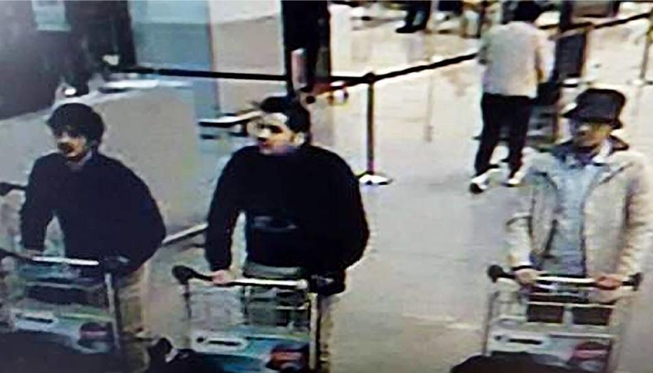 Identifiquen dos germans entre els kamikazes de l'atemptat a l'aeroport