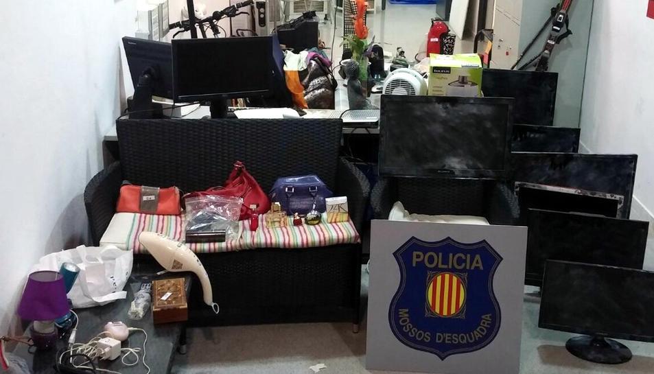 Ingressa a presó un home per tretze robatoris amb força a segones residències de Salou