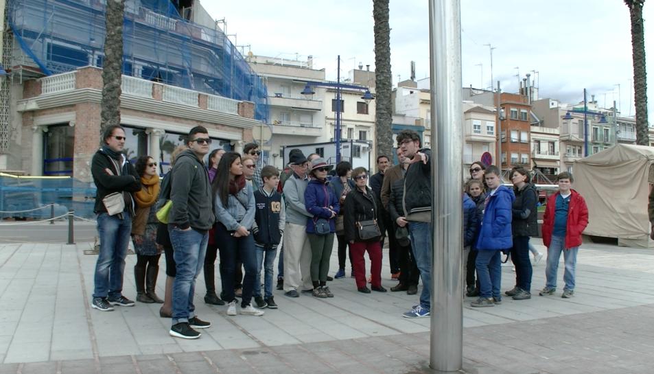 Els turistes que vénen per les processons, també aprofiten per conèixer Tarragona més a fons