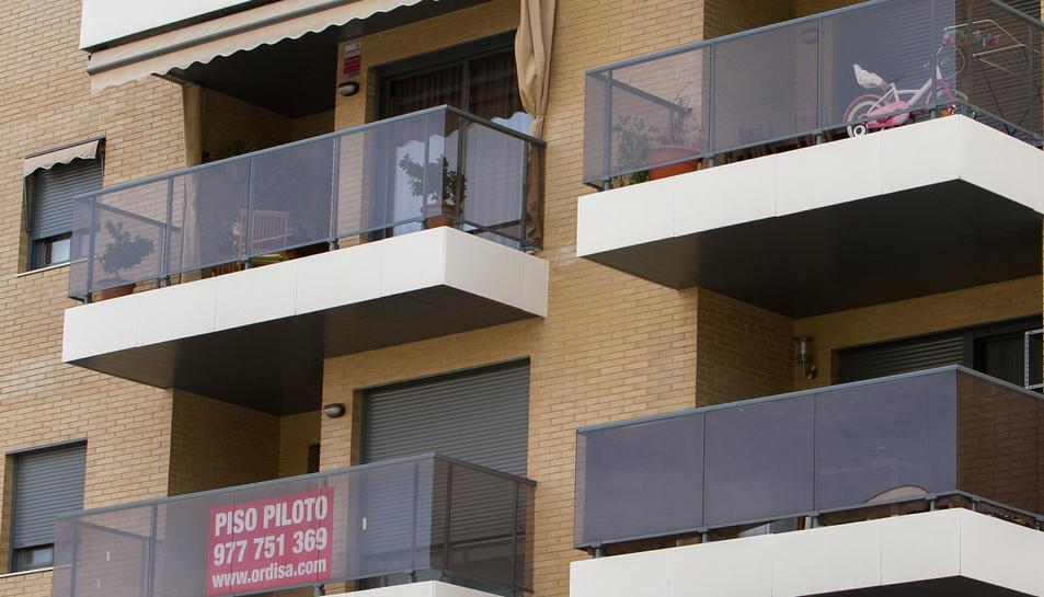 Segons dades de la Generalitat, a Reus hi havia més de 200 pisos de nova construcció per vendre l'any 2014.