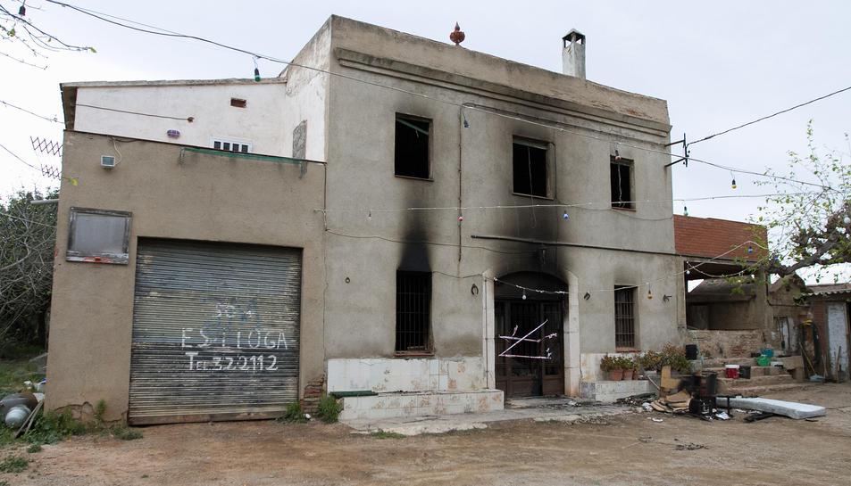 Aquest és l'estat en què va quedar un dels masos després del foc.