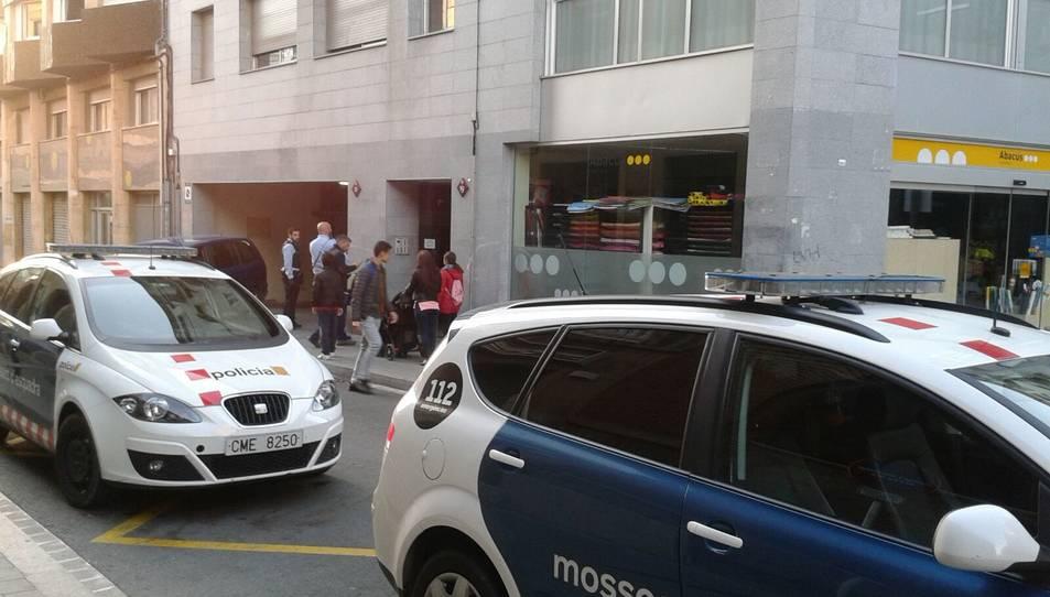 Operatiu dels Mossos per detenir un home que robava vehicles en un parquing a Reus