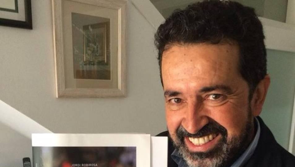El llibre 'Apostoflant!' de Jordi Rovirosa parla del periodisme.