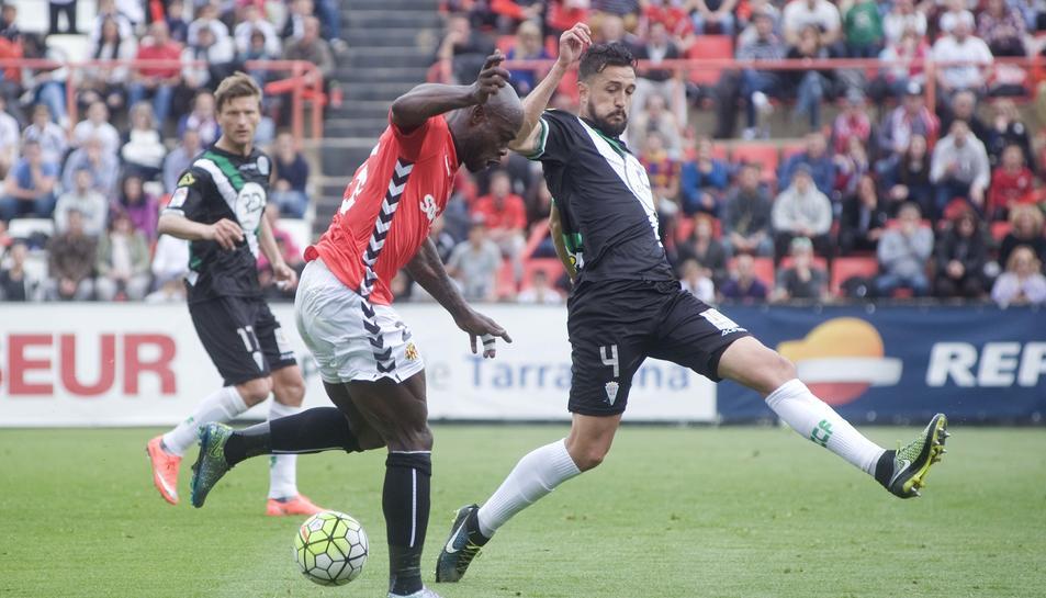 Emaná va tornar bojos els contraris i va ser el millor futbolista del conjunt local diumenge.