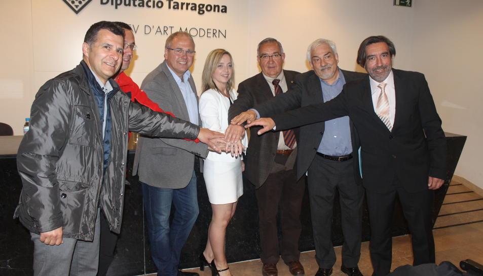Els responsables de la presentació d'ahir, a la Diputació de Tarragona.