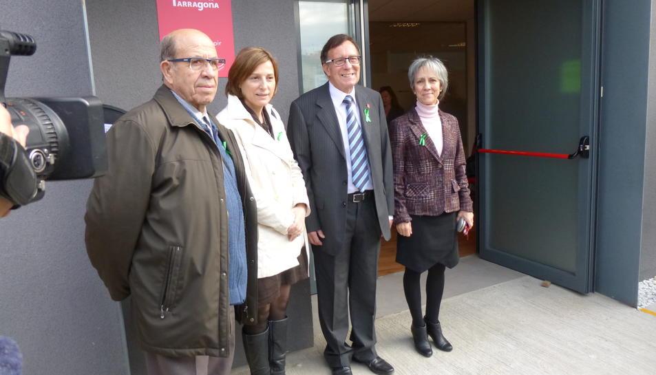 Carme Forcadell visita l'Associació Familiars de malalts d'Alzheimer