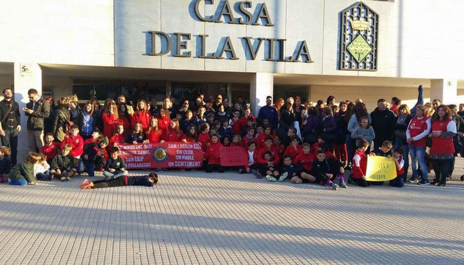 Unim-PSC-CP Pallaresos titlla de «cabdillista» la fusió forçada de clubs que exigeix el consistori