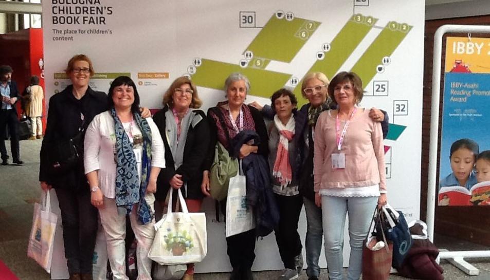 La Biblioteca de Cunit visita la Feria del Libro Infantil de Bologna