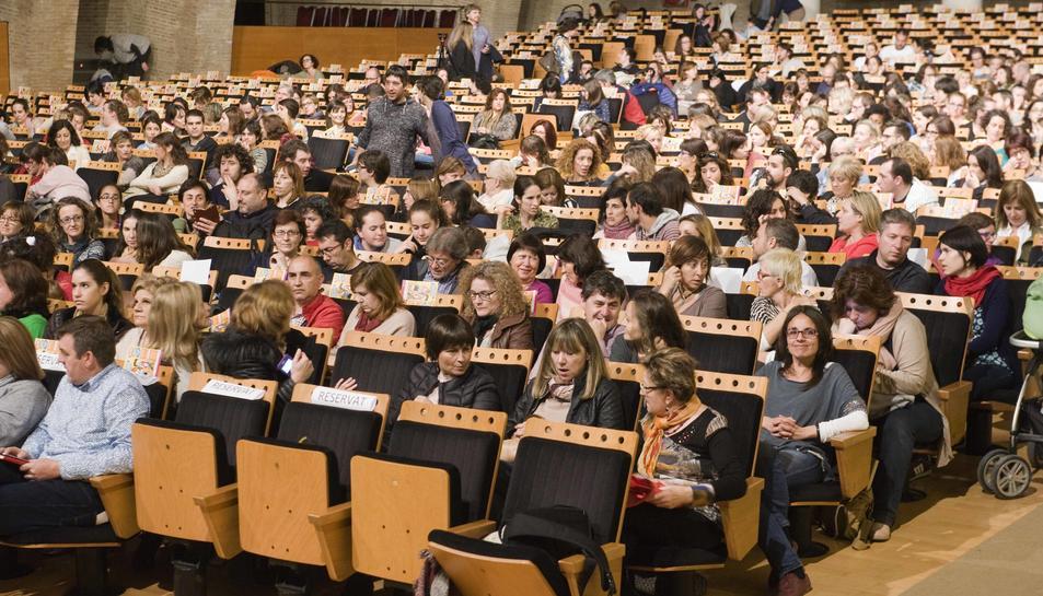 Més de 300 persones han assitit a la conferència del director i fundador de l'ARA.