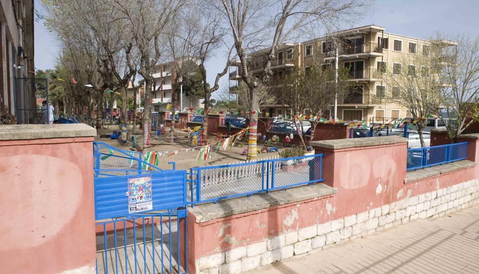 El parc de les Granotes esdevé un nou punt de trobada pel 'botellón'