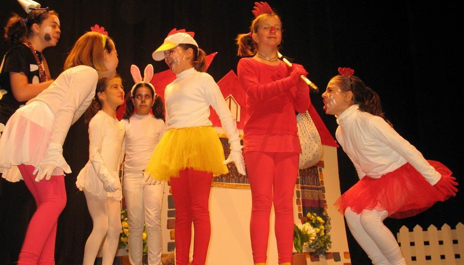 El Festival de Teatre Infantil i Juvenil del Baix Penedès agrupa 785 nens i nenes amants del teatre