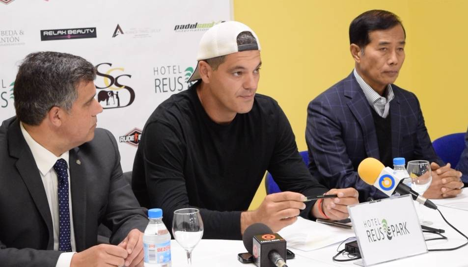 Frank Cuesta porta a Reus un acte benèfic de Muay Thai