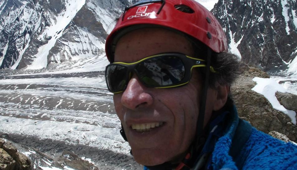 L'alpinista Òscar Cadiach, durant una de les seves expedicions.