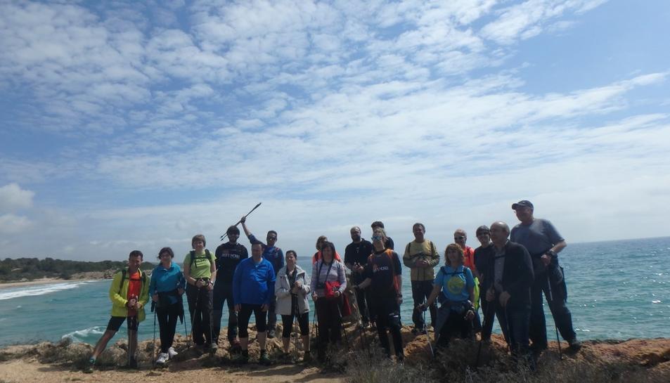 El Patronat Municipal d'Esports de Valls ha organitzat una marxa nòrdica per Tarragona
