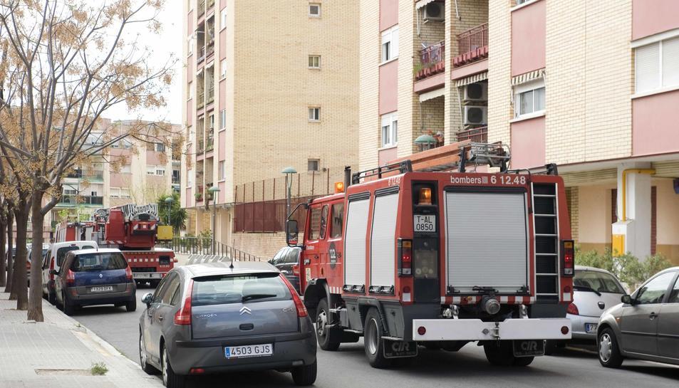 L'explosió d'un aerosol per matar cuques causa cremades a la cara d'una veïna de Torreforta