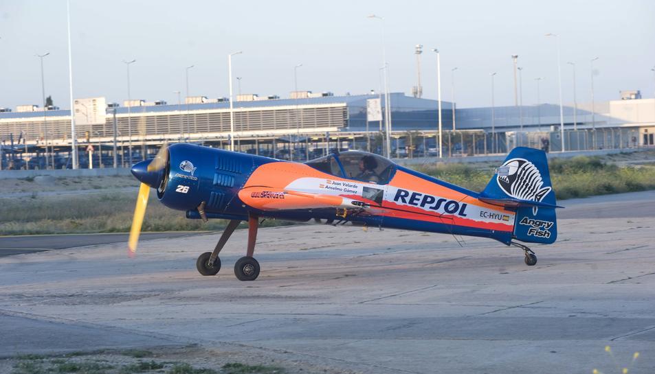 Acrobàcies d'extrema dificultat a l'exhibició aèria de Repsol