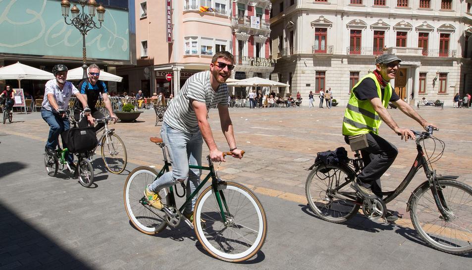 Un recorregut en bicicleta, a càrrec de BiciCamp, completava ahir les activitats de la Ganxet Pintxo.
