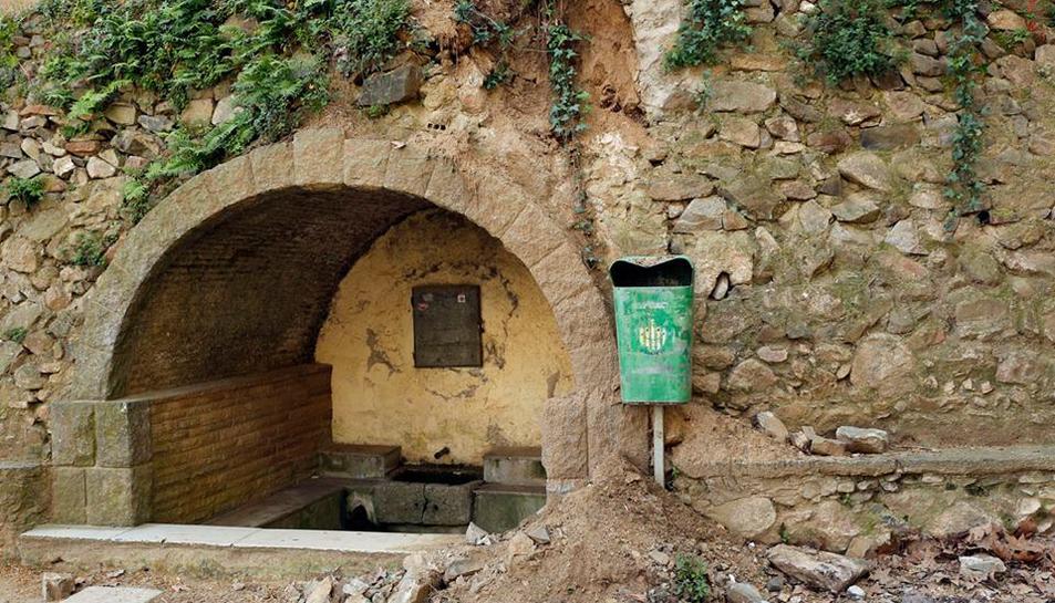 Les últimes pluges causen una esllavissada a la font de Sant Antoni