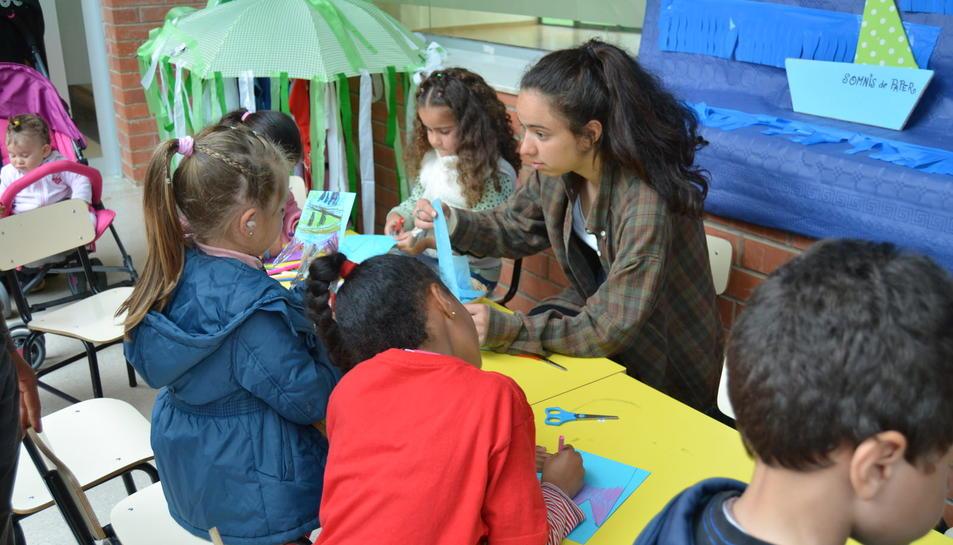 Homenatge dels alumnes dels barris de Ponent a Olga Xirinacs