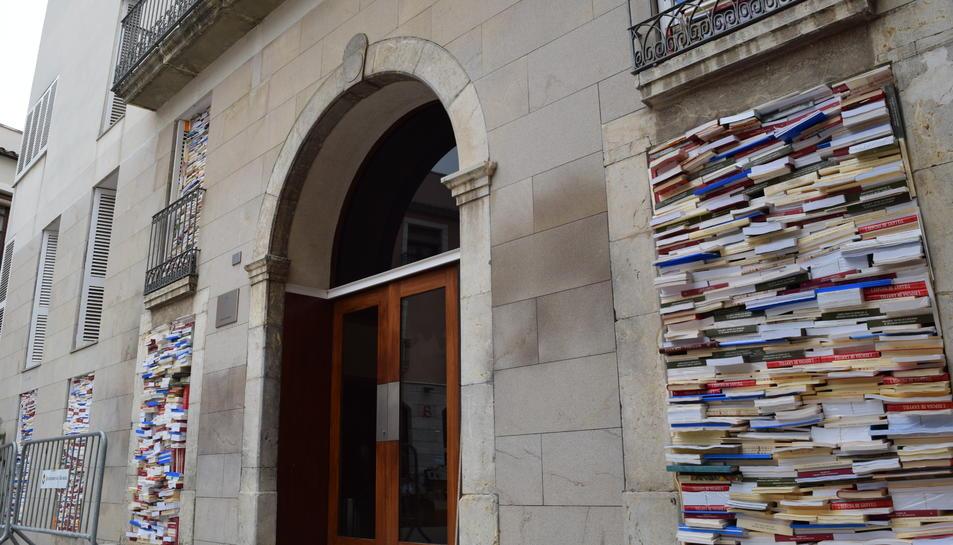 20.000 llibres convertits en art