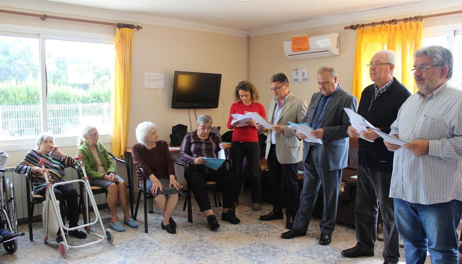 Lectures per la gent gran a Creixell
