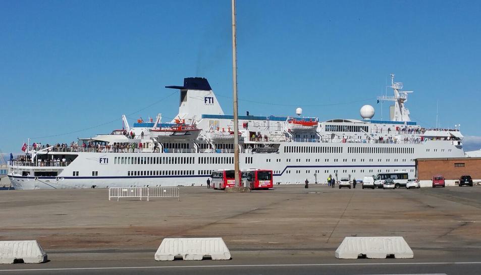 El Port de Tarragona acull el tercer creuer de la temporada