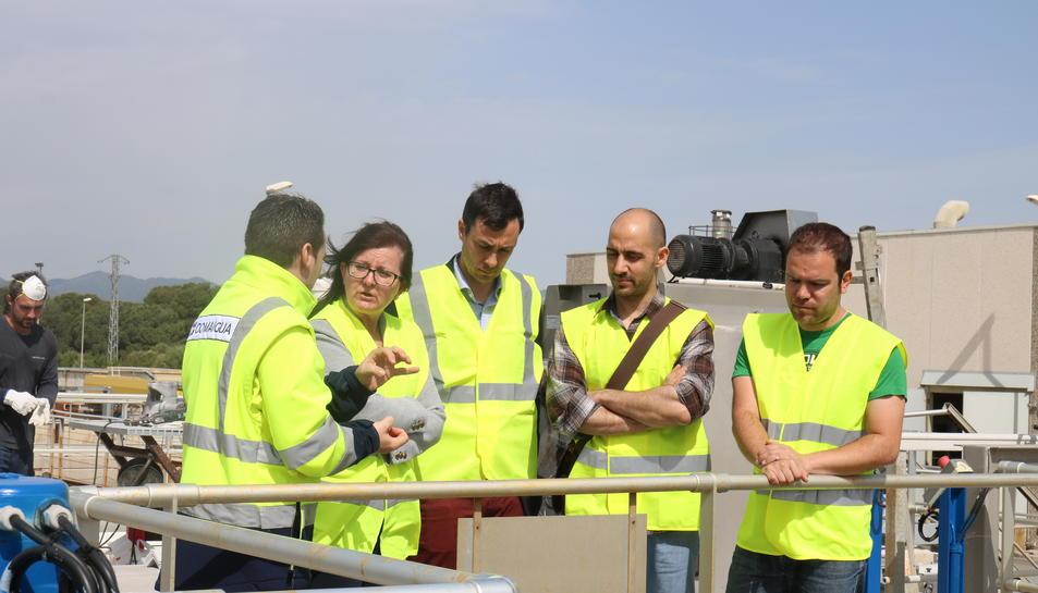 L'alcaldessa, Camí Mendoza, durant la visita a les obres.