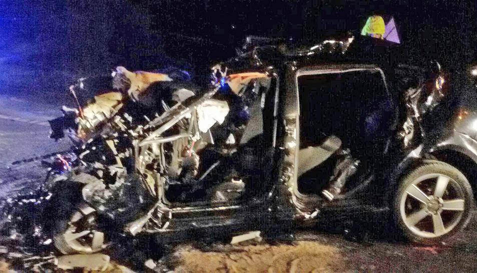 Mor un jove de 22 anys en un xoc entre un turisme i un camió a l'N-240 a Roda de Berà