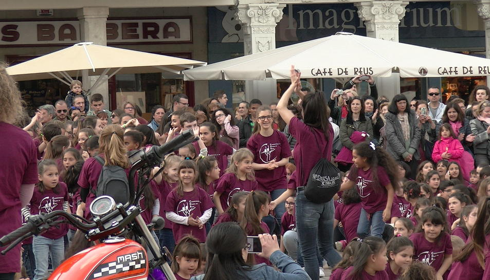 Imatges del dia de la dansa a Reus