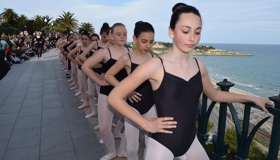 Tarragona celebra el Dia Internacional de la Dansa