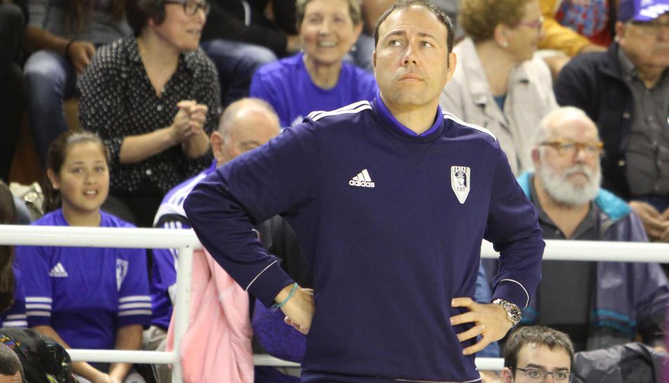 Berni Álvarez, entrenador del CBT