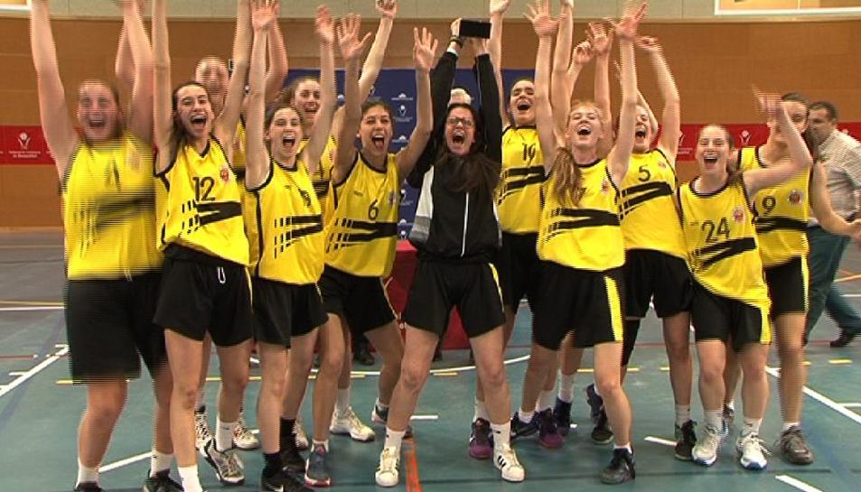 L'equip femení de Basket Almeda guanya el Campionat de Catalunya de Bàsquet Femení