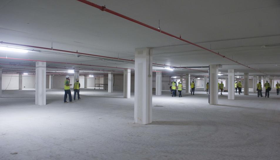 Obrir la cafeteria a la planta inferior del mercat costarà 325.445 euros
