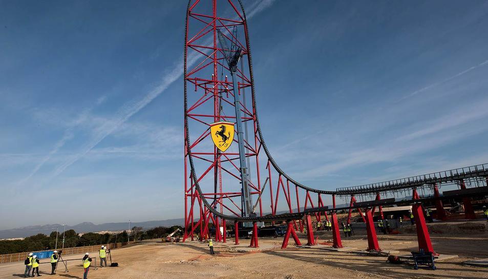 Ferrari Land ja llueix el seu escut de 'Cavallino Rampante'