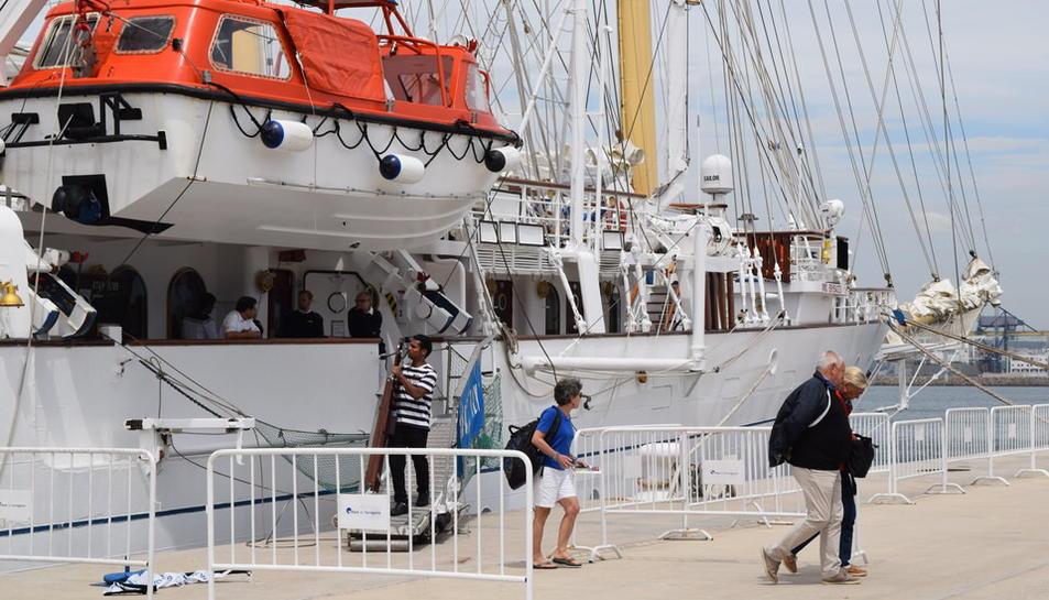 El Star Flyer ya está en el Port de Tarragona
