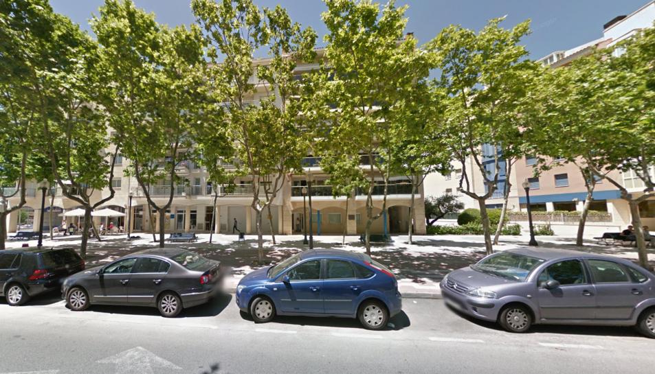 El despatx del notari detingut es troba al passeig de la Salle de Cambrils.