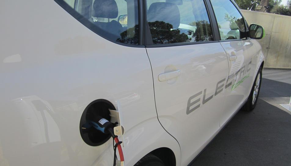 Els vehicles elèctrics i híbrids com a modes de transport eficients i sostenibles protagonitzen la 5ª Conferència BioEconomic