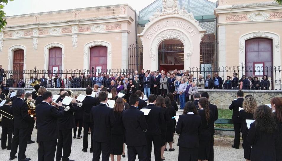 Inaugurada la mostra dedicada al centenari de la Lira Ampostina