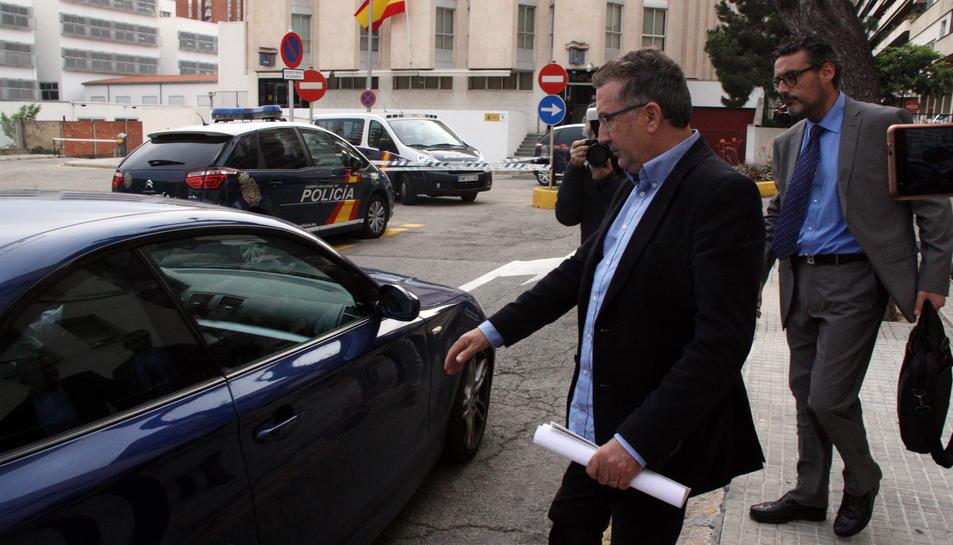 Dimiteix el primer tinent d'alcalde socialista de Viladecans pel cas Inipro