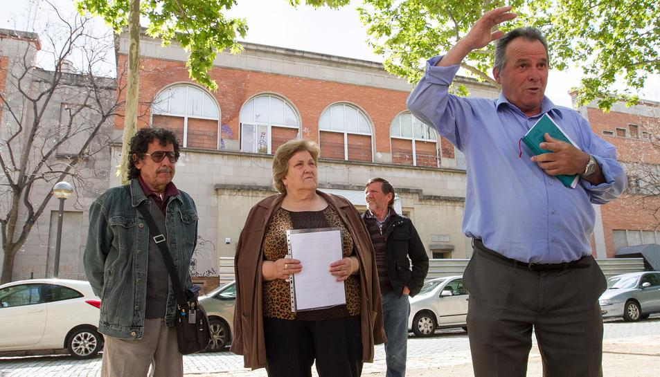 Uns 350 veïns de l'entorn de la Sedera signen contra el projecte de pàrquing