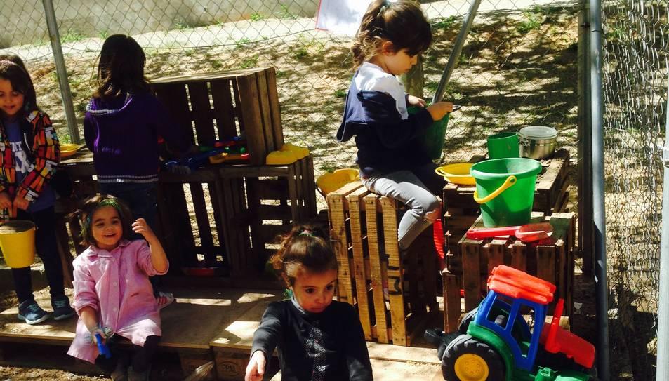 Els alumnes de Cabra del Camp es tornen a quedar sense cuineta