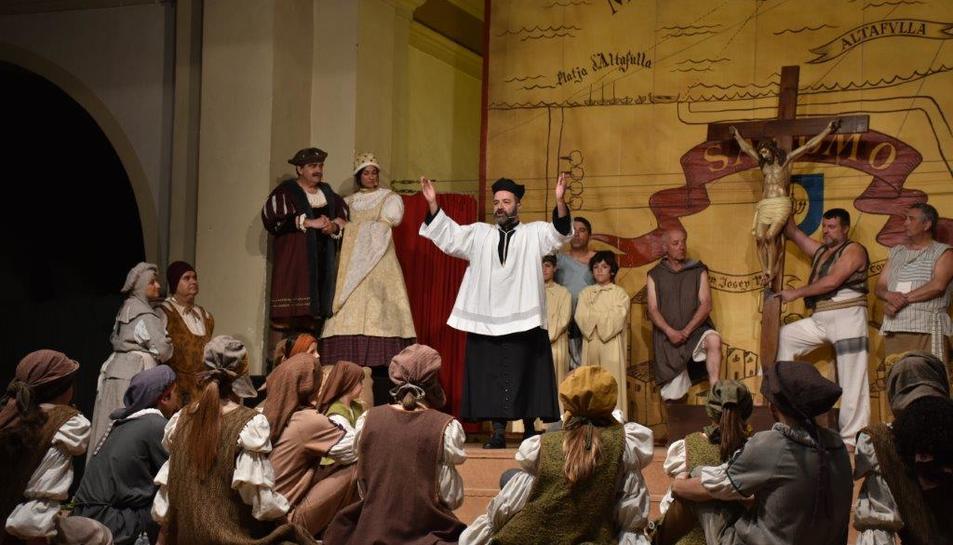 El Ball del Sant Crist de Salomó impressiona Josep Rull