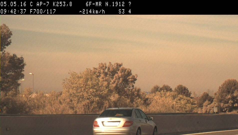 Enxampen un vehicle circulant a 214 km/h a l'AP-7 a Reus