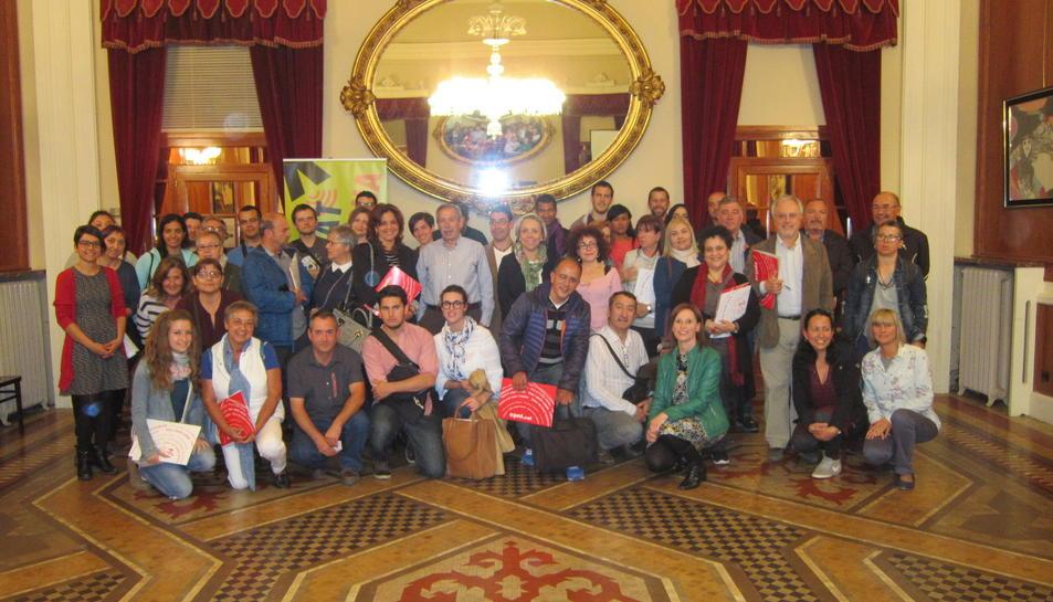 Prop de 50 parelles lingüístiques es presenten a El Círcol de Reus