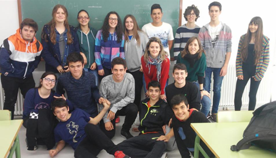 Joves del Morell, Vilallonga i la Pobla analitzen la realitat juvenil