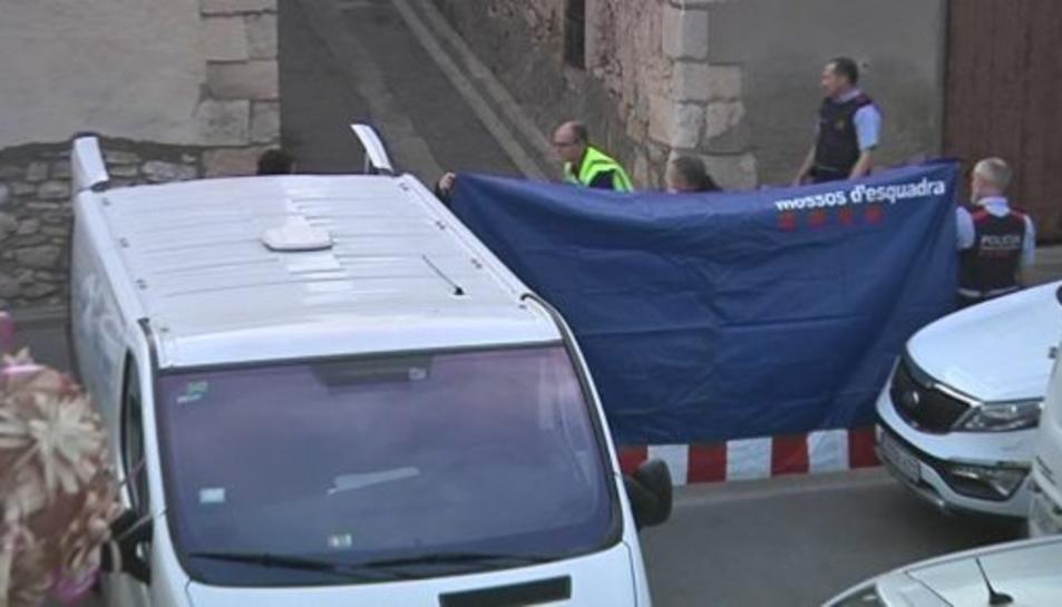 Els fets han tingut lloc al carrer Major de Canyelles (Garraf), on feia poc que vivia la víctima.