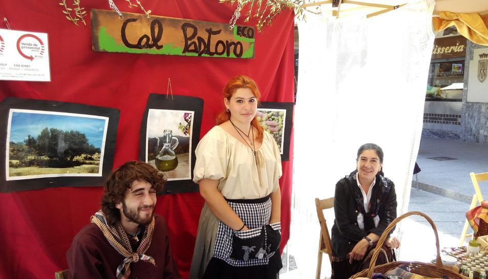 Embotits, formatges, olis i pastissets, entre d'altres, han sigut els atractius del mercat.